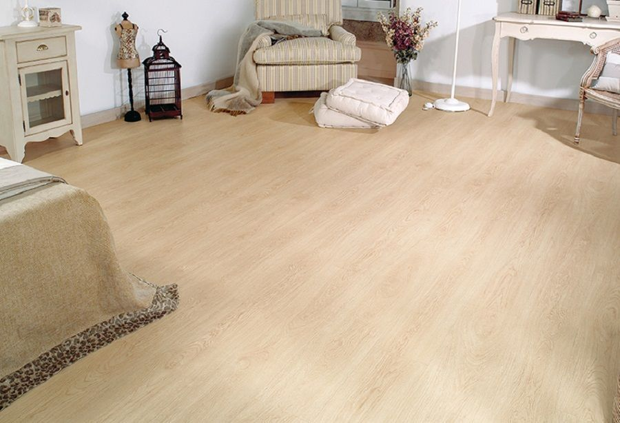 decoracion-salon-suelo-laminado.jpg