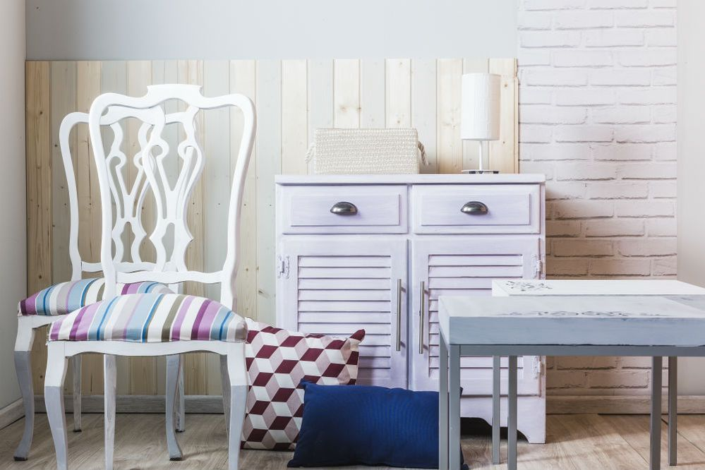 Muebles milk paint.jpg