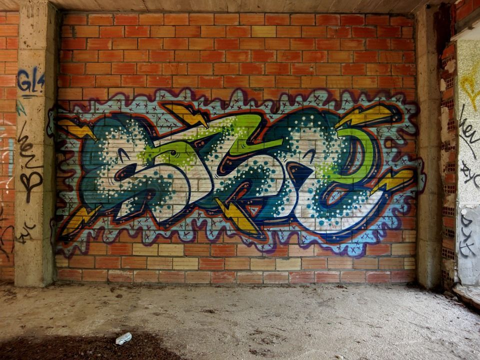 graffiti-ladrillo.jpg