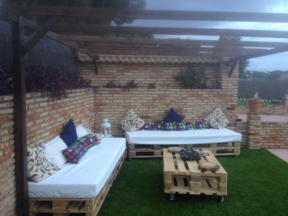Un Rincon Chill Out Fabricado Con Palets Leroy Merlin - Palets-chill-out
