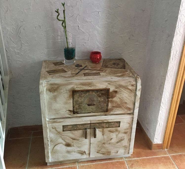 decorar-mueble-decoupage.jpg