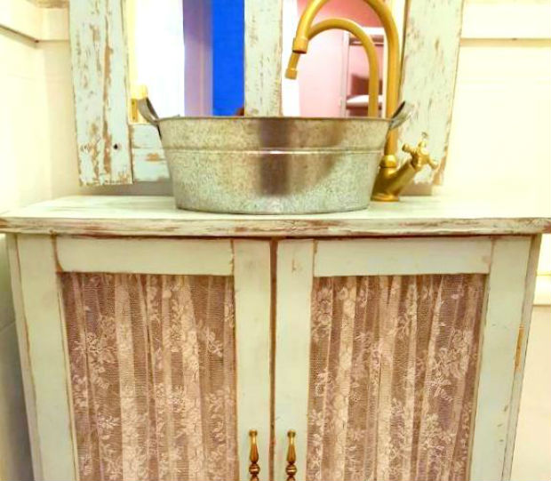 Lavabo chalk paint.jpg